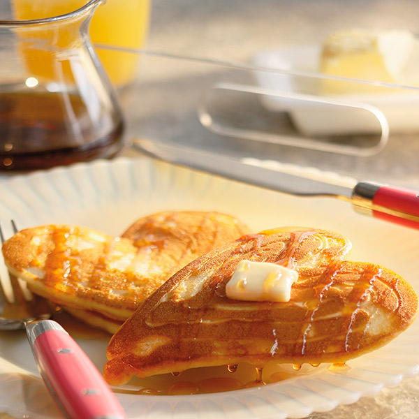 Heart Y Valentineu0027s Day Breakfast Ideas: Pitter Pat Pancakes