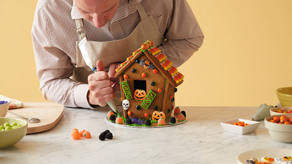 How To Make A Halloween Gingerbread House: Add Finishing Touches
