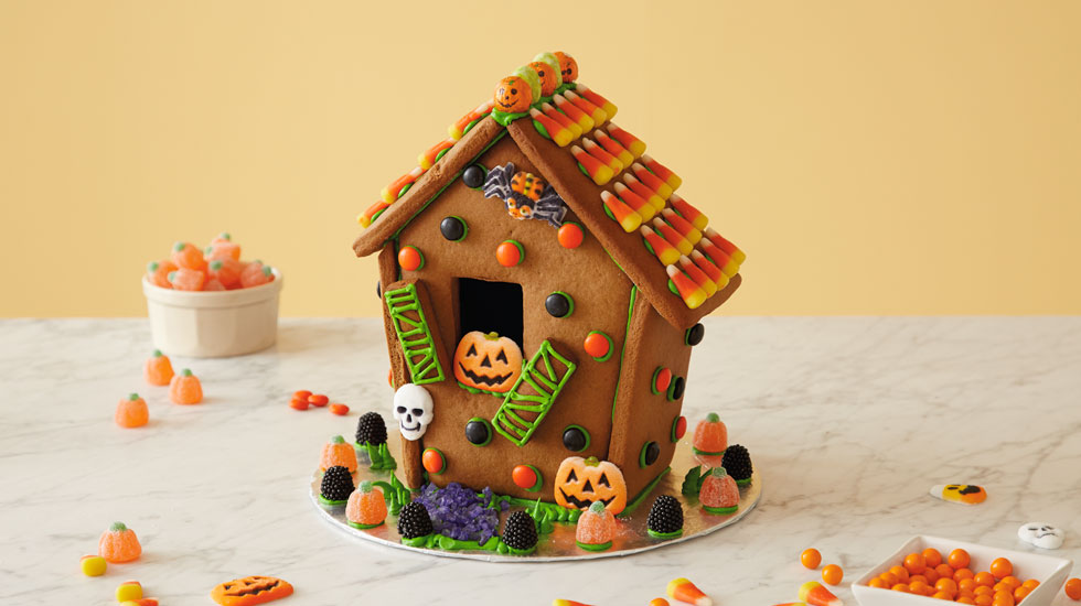 How To Make A Halloween Gingerbread House: Easy Version