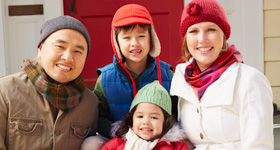 Christmas card photo ideas: family picture tips