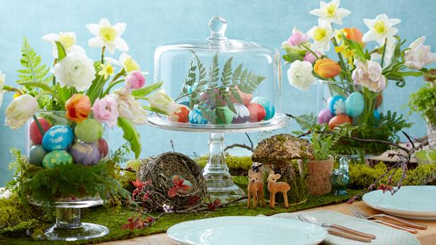 Easter table decorations #Hallmark #HallmarkIdeas