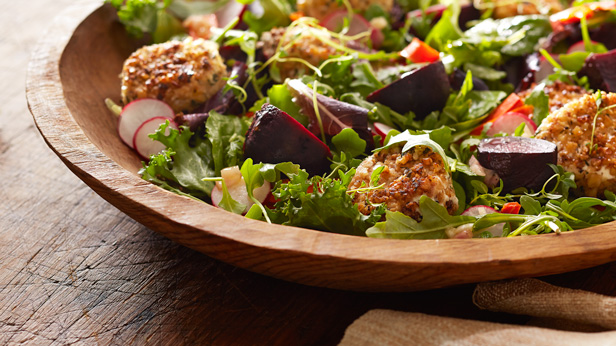 Fresh-from-the-Garden Fall Harvest Recipes: Roasted Beet and Goat Cheese Salad #Hallmark #HallmarkIdeas