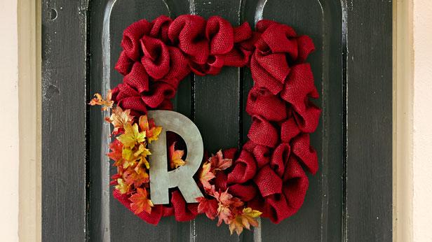 DIY Fall Wreaths #Hallmark #HallmarkIdeas