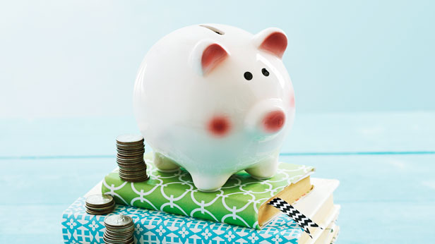 Graduation Gift Ideas: 10 Creative Ways to Give Cash #Hallmark #HallmarkIdeas