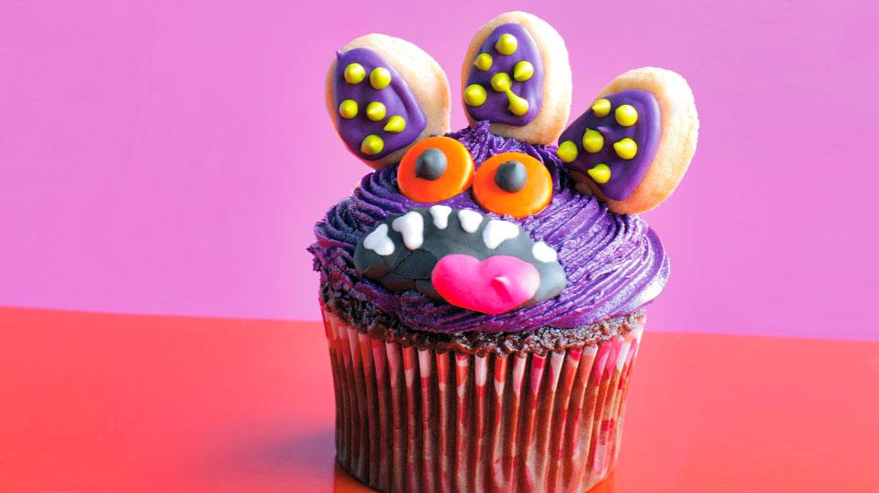 Halloween Cupcakes: Purple Monster #Hallmark #HallmarkIdeas