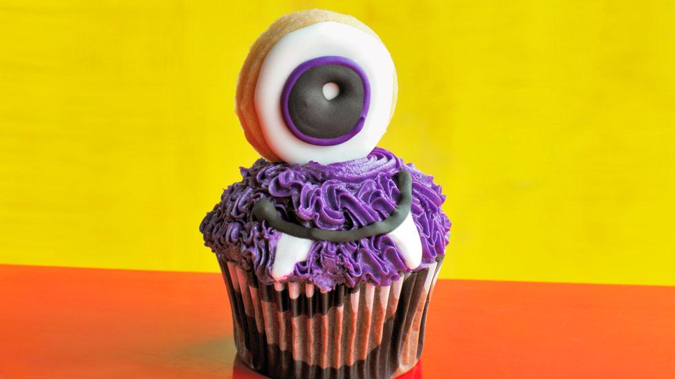 Halloween Cupcakes: Purple Cyclops #Hallmark #HallmarkIdeas