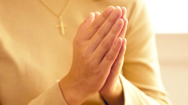 How to start a prayer chain @hallmarkstores+CaringBridge @hallmarkstoresIdeas