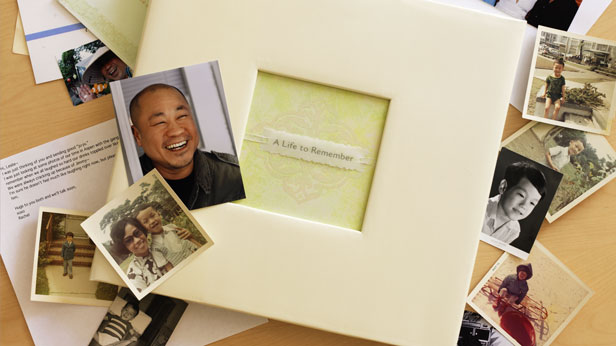 How to Make a Book of Remembrance #Hallmark #HallmarkIdeas