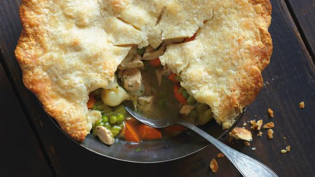 5 Homemade Pot Pie Recipes #Hallmark #HallmarkIdeas