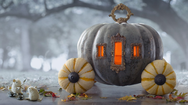 10 Creative Pumpkin Carving Ideas #Hallmark #HallmarkIdeas