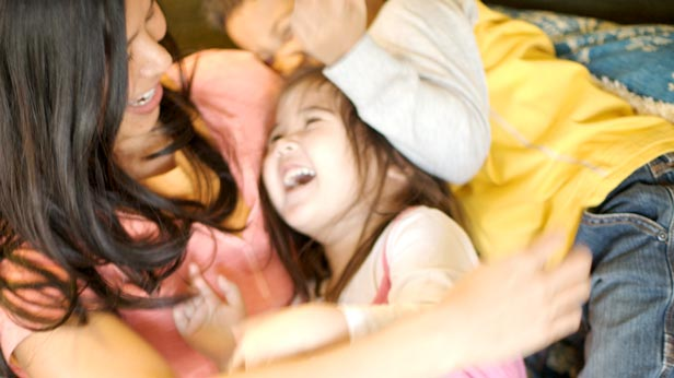 4 Storytelling Tips: How to Tell a Story #Hallmark #HallmarkIdeas