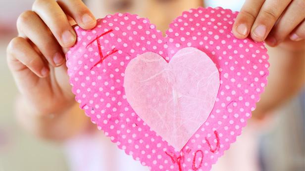 Valentine Party Ideas: 14 Games & Activities for Kids #Hallmark #HallmarkIdeas