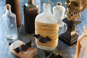 Halloween games & activities for kids: bat necklace craft