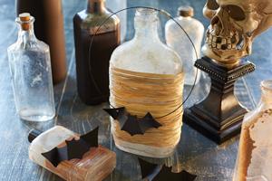 Halloween games & activities for kids: bat necklace craft