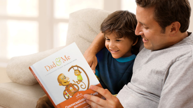 Father's Day Gift Ideas: Dad & Me Conversations to Keep™ Recordable Book #Hallmark #HallmarkIdeas