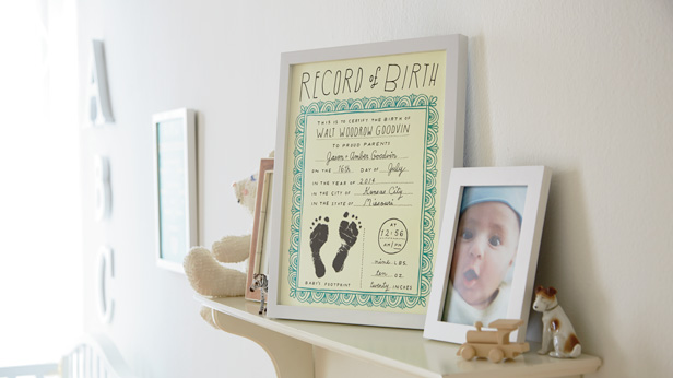 Free nursery printables: record of birth