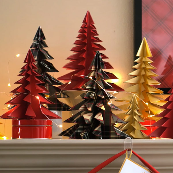 Diy Christmas Card Wall Decorations
