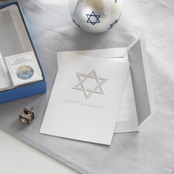 Hanukkah wishes: what to write in a Hanukkah card