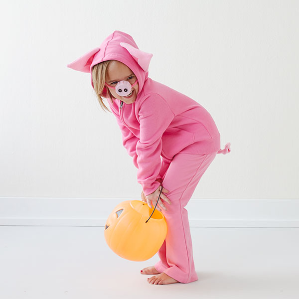 Homemade Halloween Costumes for Kids: Pig