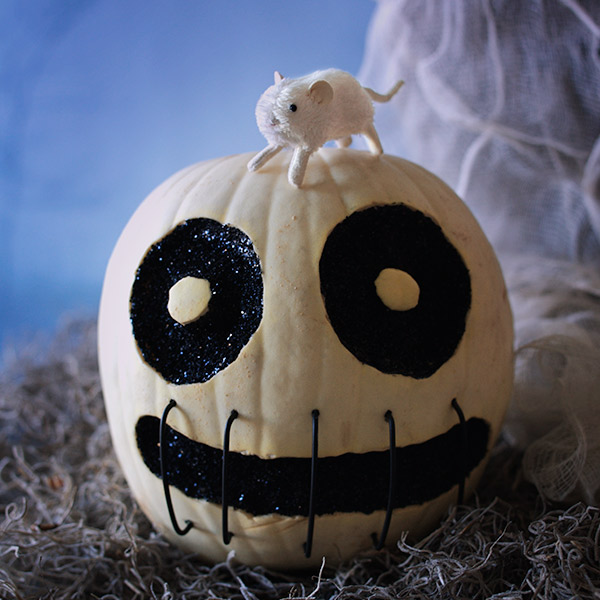 Creative Pumpkin-Carving Ideas: Skully in Stitches
