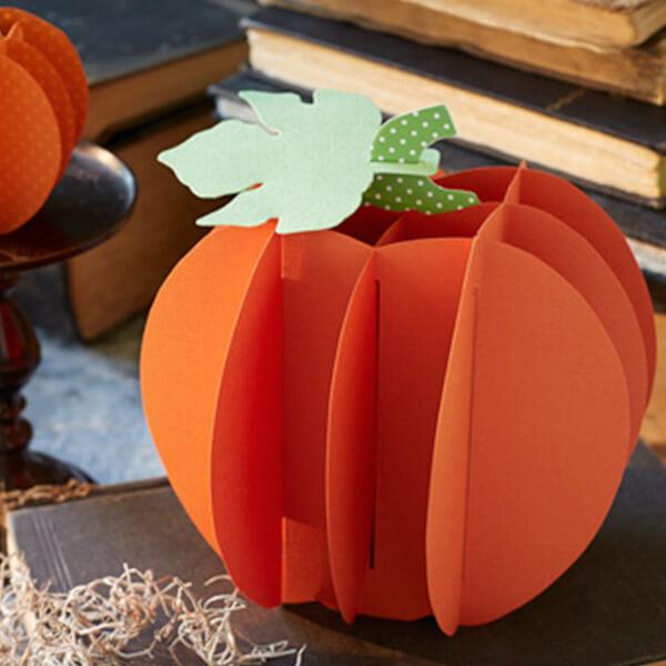 Halloween paper crafts: portly paper pumpkins