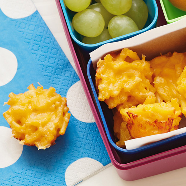 Baked mac and cheese bites