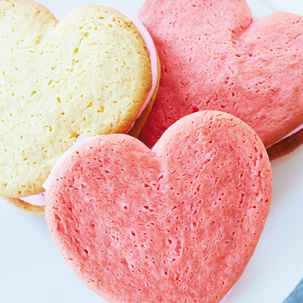 Heart-Shaped Whoopie Pies Recipe