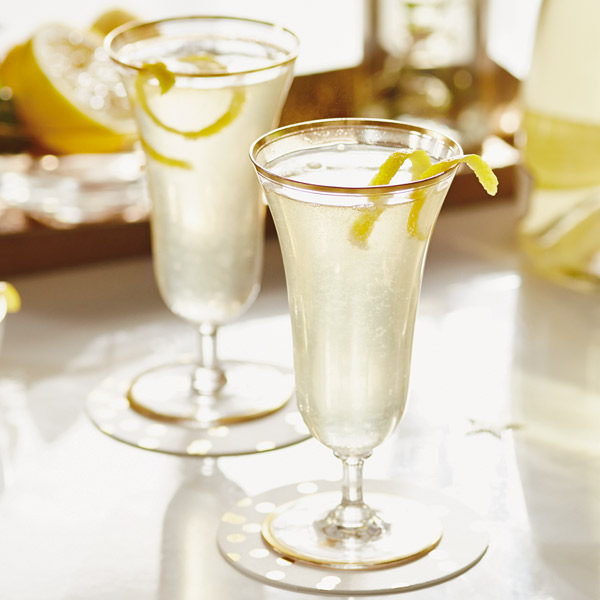 Ooh la la lemon champagne cocktail