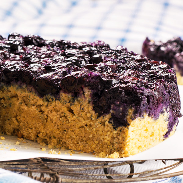 Spiced blueberry breakfast cake recipe