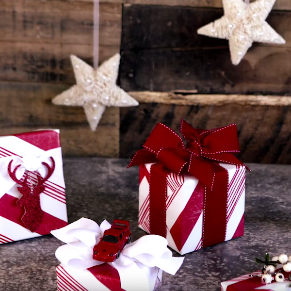 does hallmark wrap gifts