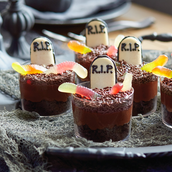 Graveyard Pudding Cups Hallmark Ideas Amp Inspiration