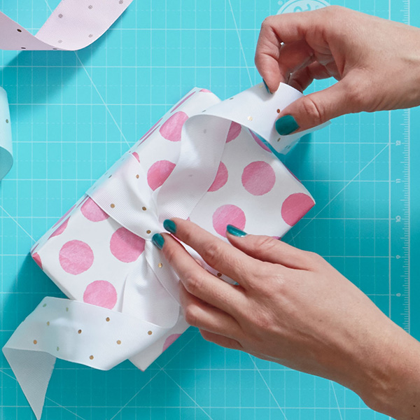 Gift wrap style quiz: What kind of wrapper are you?
