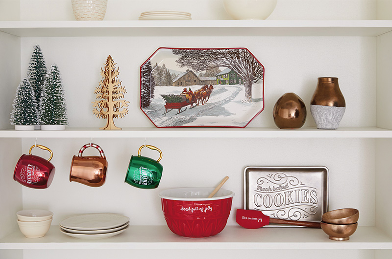 Decorating Tips for Cozy Christmas - Shelves