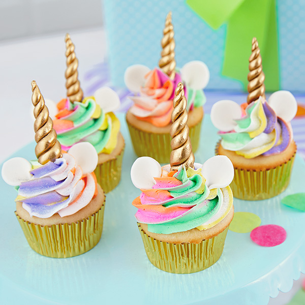 Easy Unicorn Cupcakes for Unicorn Party