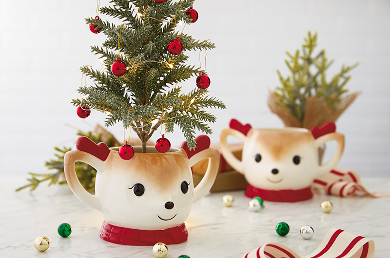 Mug Gift - 15 Easy DIY Ways to Add a Personal Touch to Christmas Gifts
