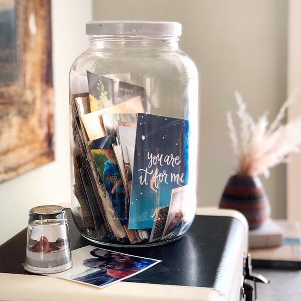 Wondering what to do with old cards and letters? Here are 14 ideas for how to store your cherished memories from loved ones in new and creative ways.