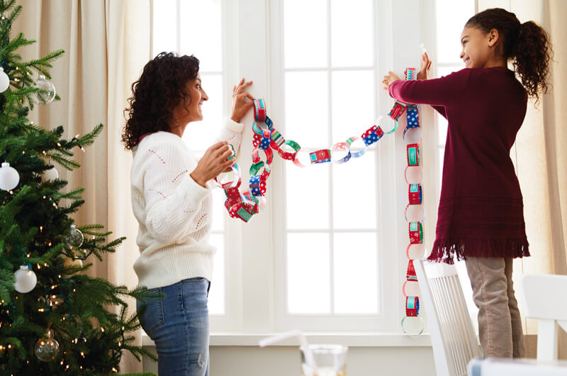 Hanging a paper chain