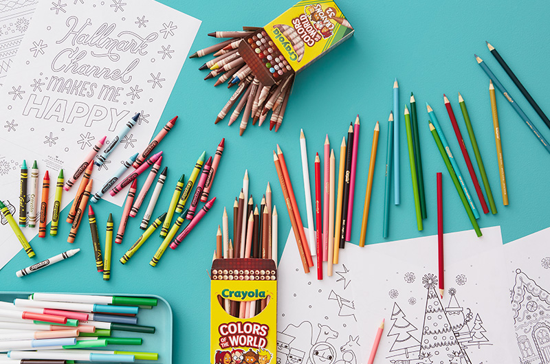 Christmas coloring pages with colored pencils